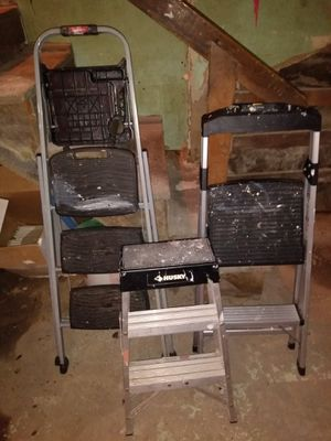 3 step latters 2ft 3ft and 4 ft all for $35. Pick up only for Sale in Bridgeport, CT