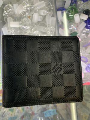 Louis Vuitton Men's wallet (Brand New/mint) black leather for Sale in Phoenix, AZ