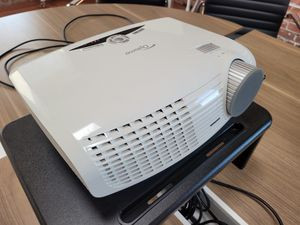 Optoma HD20 DLP Projector for Sale in Oakland, CA