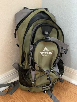 Teton Oasis 1100 Hydration Hiking Trail Pack / Backpack for Sale in Winter Garden, FL