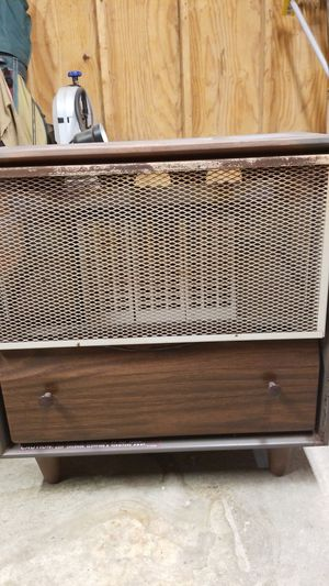 Unvented natural gas heater. for Sale in Cleveland, OH