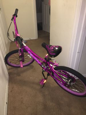 Girl bike for Sale in Newport News, VA
