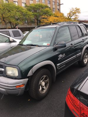 Chevy truck ZR2 huestes 2003 for Sale in Queens, NY