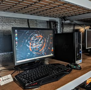 HP pavilion Windows 10 desktop for Sale in Romulus, MI
