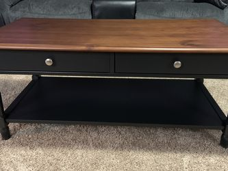Coffee Table for Sale in Orient,  OH