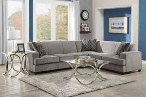 TESS SLEEPER SECTIONAL for Sale in Pompano Beach, FL