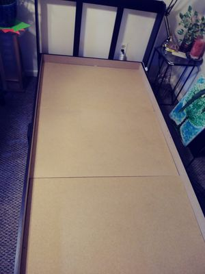 Twin bed (frame & mattress) for Sale in Bethlehem, PA