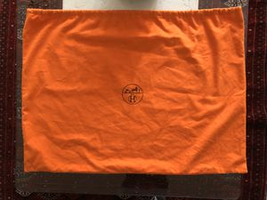 "ORANGE HERMES EXTRA LARGE DUST BAG: 21.5""x 29"" for Sale in Los Angeles, CA"