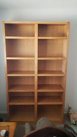 7 foot Oak Bookcase for Sale in Phoenix, AZ