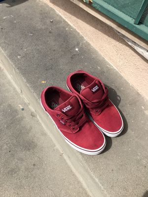 Vans color burgundy size ( 6 ) Good conditions for Sale in Downey, CA