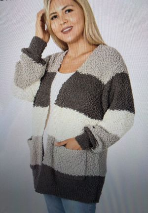 Gray Popcorn Sweater 2x for Sale in Township of Cottrellville, MI