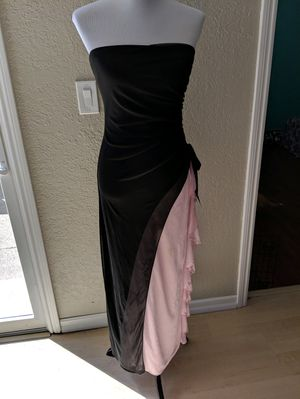 Medium Prom Dress for Sale in Pleasant Hill, CA