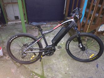 2019 E-XC Electric Bike (Only Used A Few Times) (Comes With Charger) for Sale in Portland,  OR