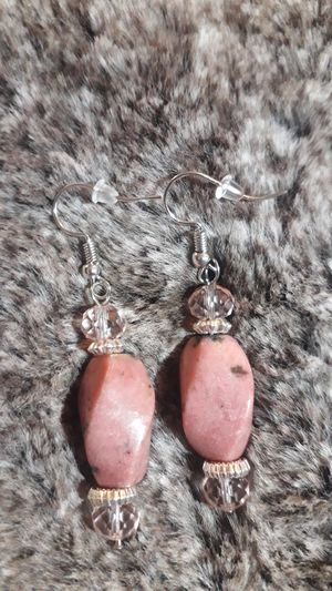 Pretty pink stones with light pink glass dangle earrings for Sale in East Wenatchee, WA