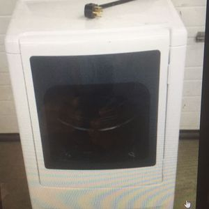 Fridgidaire Electric Washer/Dryer for Sale in Brandywine, MD
