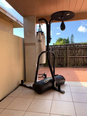 Heavy & speed bag combo for Sale in Miami, FL