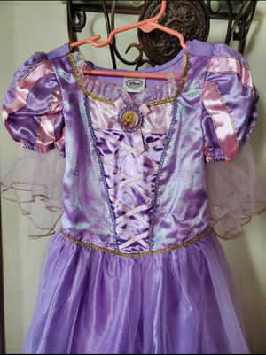 Rapunzel Dress (Kids Size: 5/6) for Sale in Los Angeles, CA