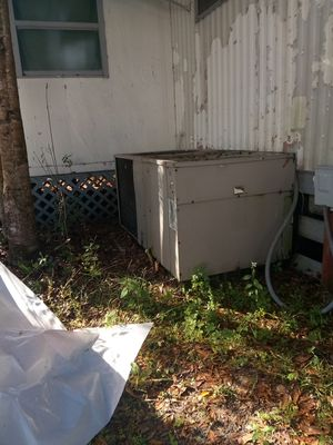 SEALED R-22 - 30LB. TANK FREON for Sale in Seffner, FL