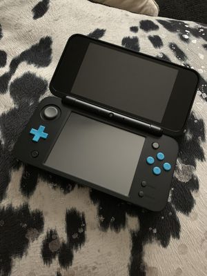 Nintendo 2DS XL Blue & Black for Sale in UPPER ARLNGTN, OH