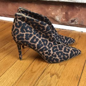 BRAND NEW JESSICA SIMPSON Size 8M Brown Black Leopard Ankle Bootie Boot Shoes New Size 8.5 for Sale in French Creek, WV