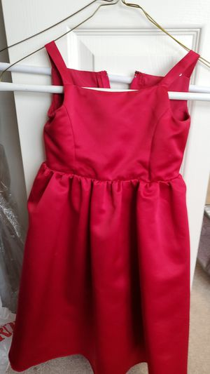 David's Bridal girls sz 2T flower girl dress Apple color for Sale in Severn, MD