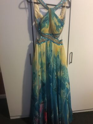 Gorgeous prom dress for Sale in New Bedford, MA