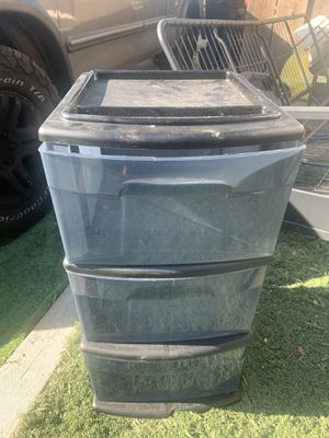 Nice small plastic drawer for Sale in Fresno, CA