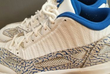 Nike Air Jordan Retro 11 Low IE Size 11 for Sale in Tigard,  OR