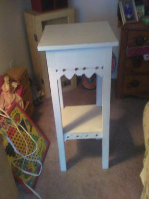Vintage table repurposed, very cute! Newly redone. for Sale in Ranson, WV