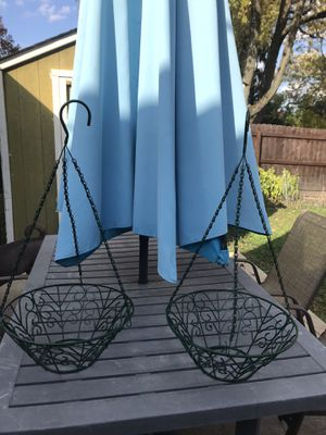 Metal Plant / Flower hanging pots for Sale in UPPER ARLNGTN, OH