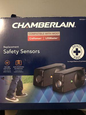 Bnew Garage door sensor craftsman, chamberlain, liftmaster for Sale in Montebello, CA