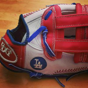 Los Angeles Dodgers Custom Softball Glove for Sale in Ontario, CA