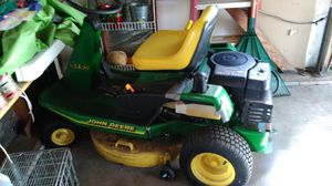 John Deere riding tractor. for Sale in Bexley, OH