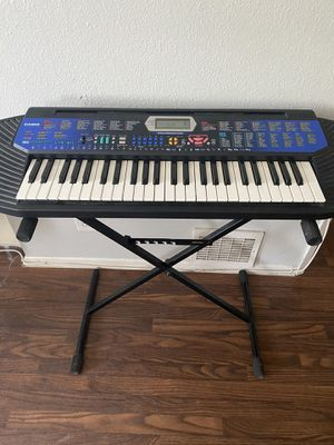 Casio electronic portable keyboard for Sale in Los Angeles, CA