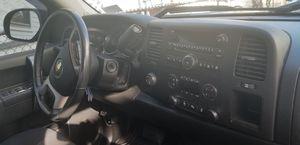 Chevy silverado 2012 48.000 miles for Sale in Winter Hill, MA