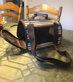 Small animal pet carrier for Sale in O'Fallon, MO