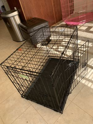 Dog crate (small/med) for Sale in Upper Marlboro, MD