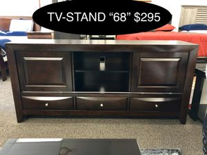 """New big solid Tv-Stand """"68"""" for Sale in Fresno, CA"""