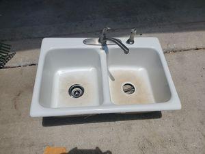 Kitchen sink w/faucet for Sale in Hudson, FL
