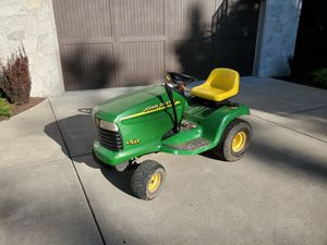 John Deere LT133 for Sale in Downers Grove, IL