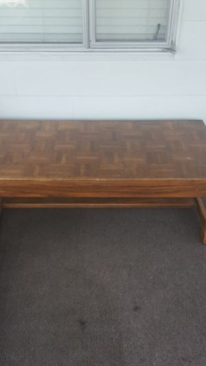 Coffee table for Sale in Fairmont, WV