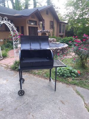 BBQ GRILL,S for Sale in Riverdale, GA
