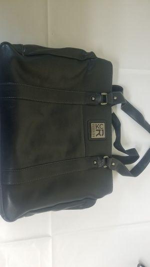 Womans Keneth Cole Bag for Sale in Wichita, KS