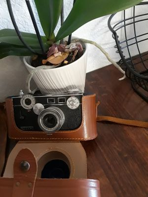 Vintage 1950's argus camera with case for Sale in Santa Maria, CA