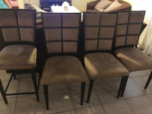 Dining table chairs for Sale in Visalia, CA