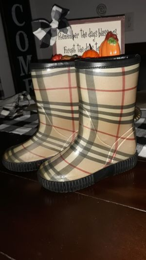 Burberry....... for Sale in Houston, TX