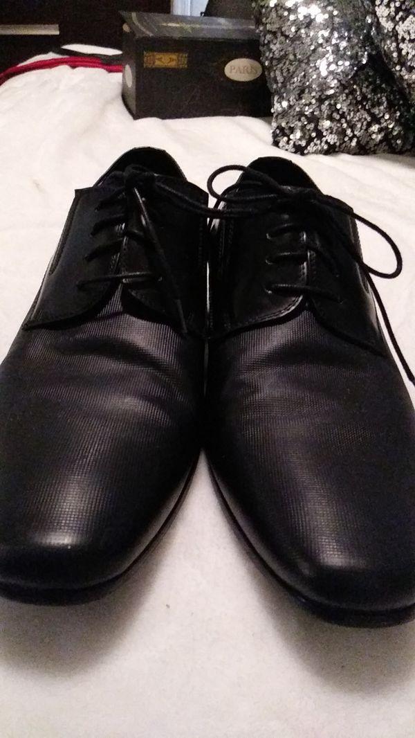 Aldo size 9 black dress shoes