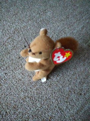 1998Teanie Beanie baby nuts the squirrel for Sale in Wichita, KS