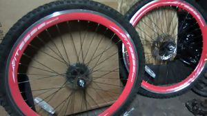 Racing my mountain bike rims for Sale in Cleveland, OH