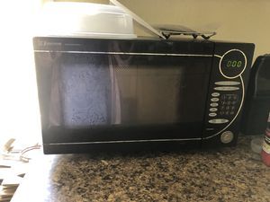 Emerson microwave, works great for Sale in Newcastle, WA